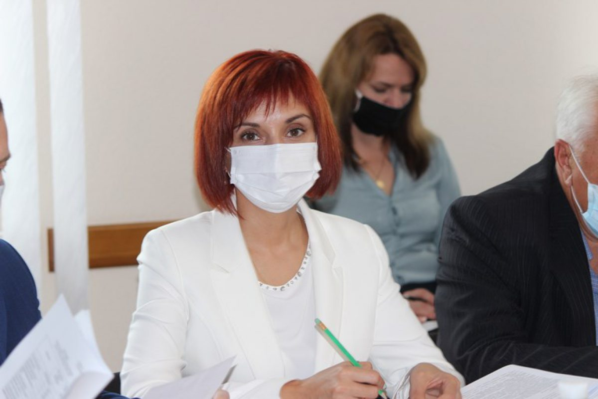 Президія обласної ради винесла на розгляд чергової сесії 56 питань